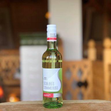 Białe wino bezalkoholowe Schloss Sommerau