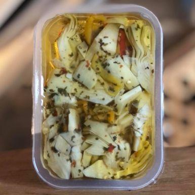 Carciofini Spicchi świeża sałatka z karczochów
