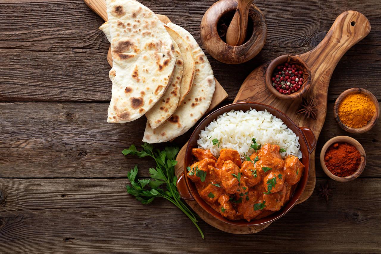 obiad z ryżem indyjskie curry