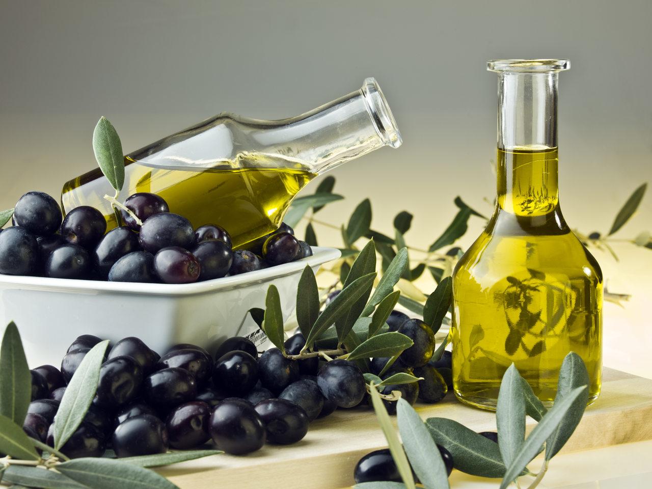 oliwa-z-oliwek-jak-wyglada