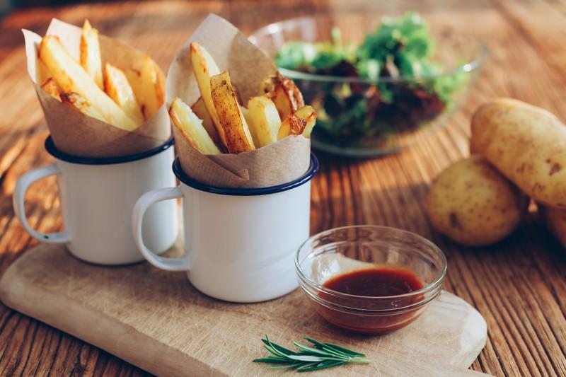 frytki - inny sposób na wykorzystanie nadmiaru ziemniaków