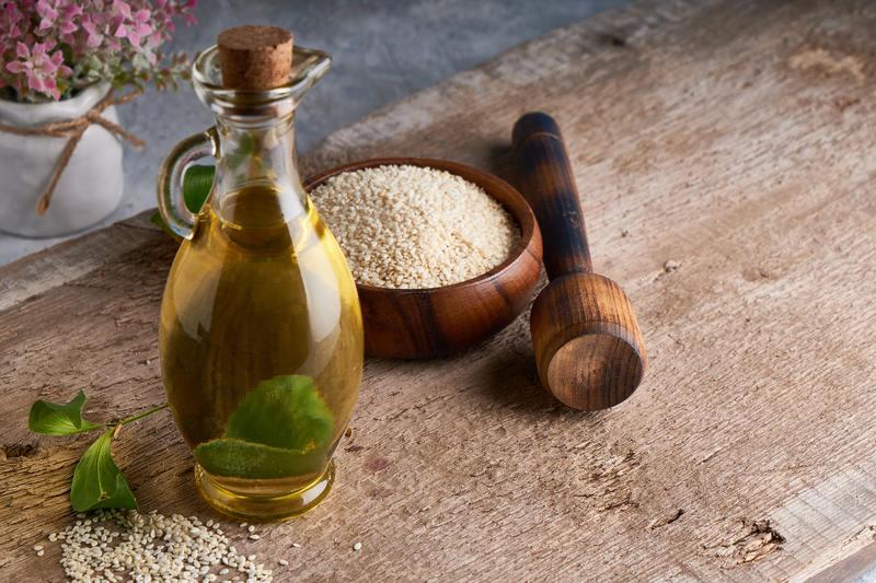 olej-sezamowy-w-butelce