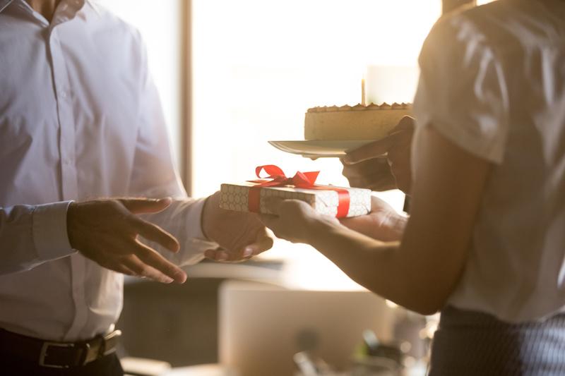 prezent na 50 urodziny dla szefa