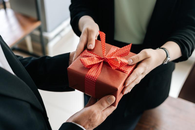 prezent na urodziny szefa